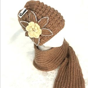 New! Brown beanie and scarf set with floral design